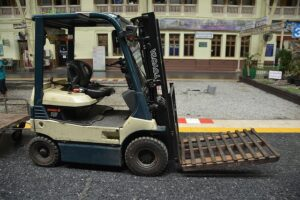 Forklift Truck with Pallets on forks